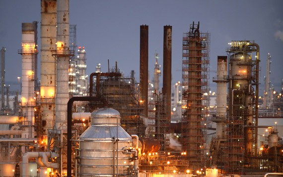 texas_city_refinery_dusk_570xvar